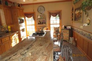 beautiful granite countertops  (58 of 74)