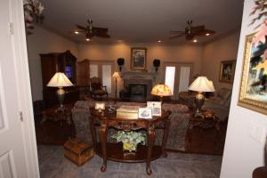 Custom Built Home on Horse Farm in Prairie, AR (30 of 74)