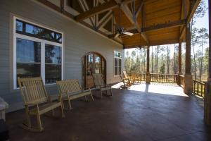 Dogwood Branch Lodge and Lake Retreat in Baldwin, AL (39 of 67)