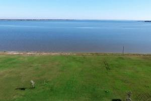 BAY FRONT RETREAT/DEVELOPMENT PROPERTY-CALHOUN CO - Calhoun County TX
