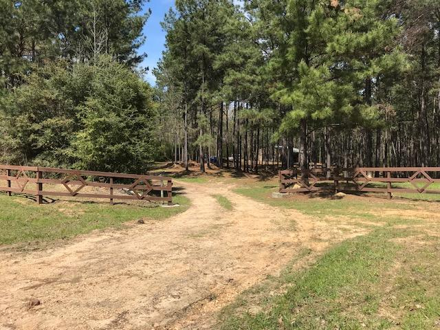 Busy Corner Road Retreat in Amite County, MS