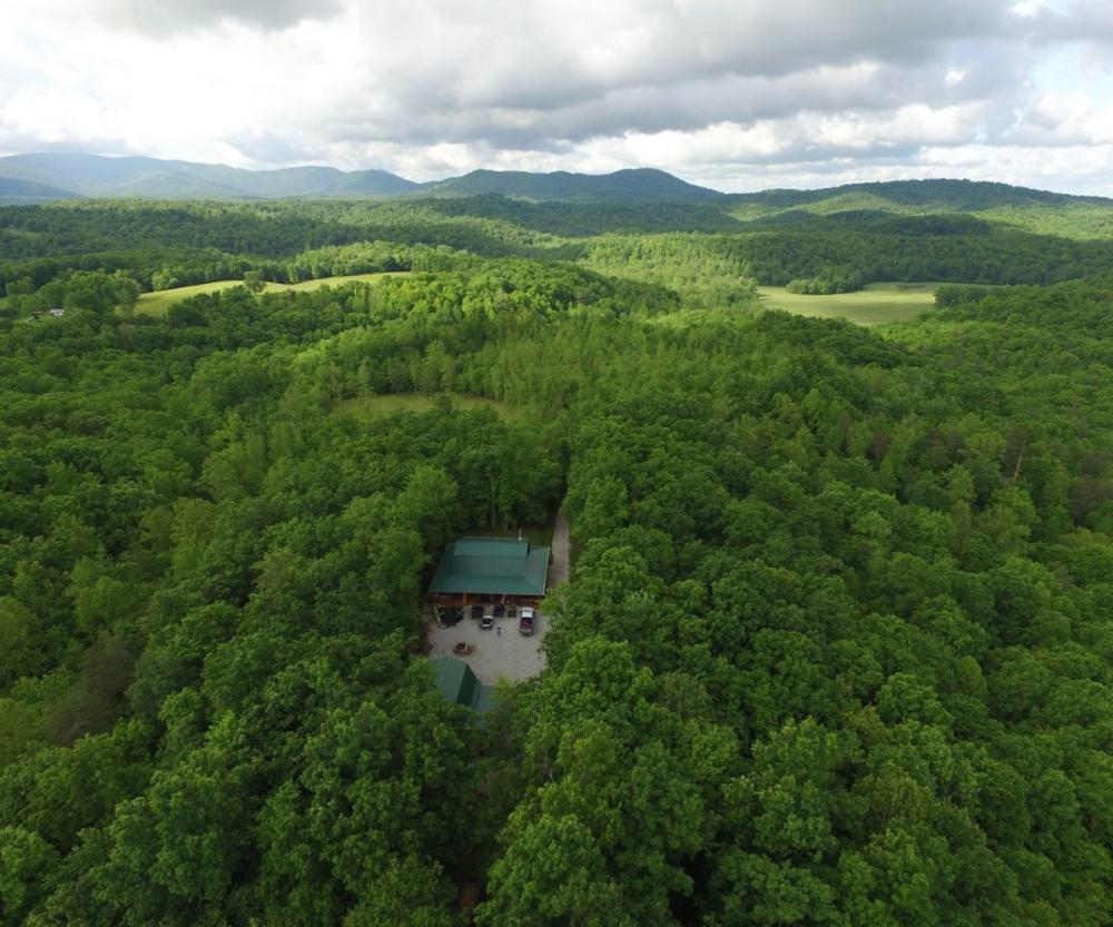 Cumberland Mountains Cabin and Camp
