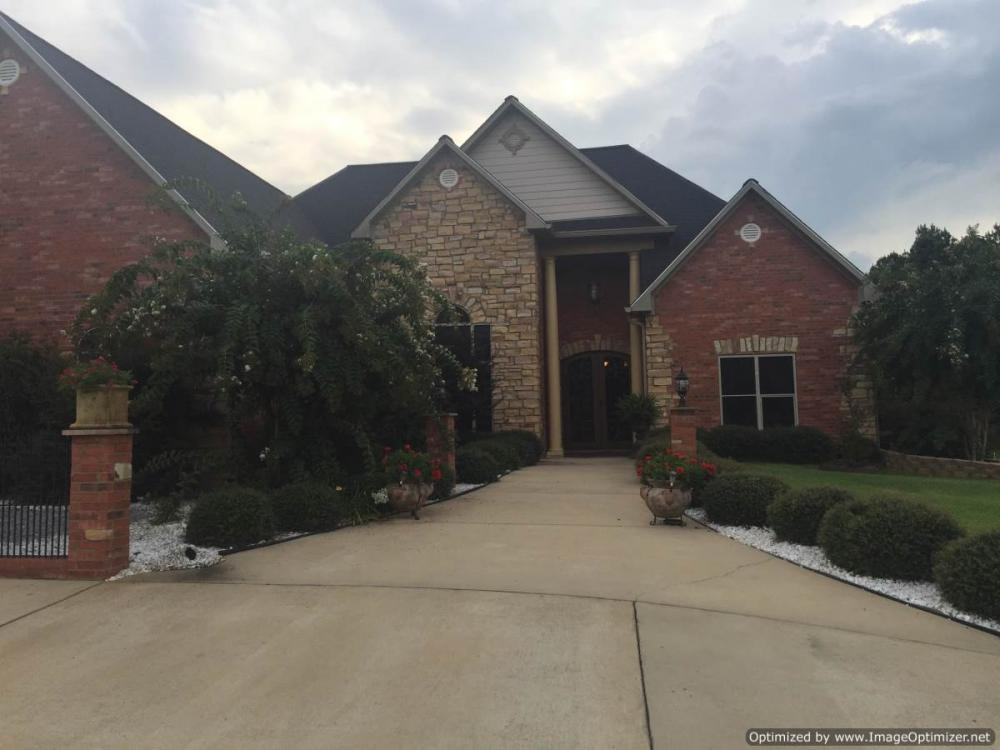 Custom Built Home in Upscale Neighborhood