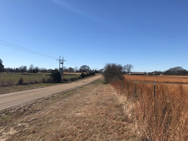 Senatobia Multi-Listing B-2 / R-1 in Tate County, MS