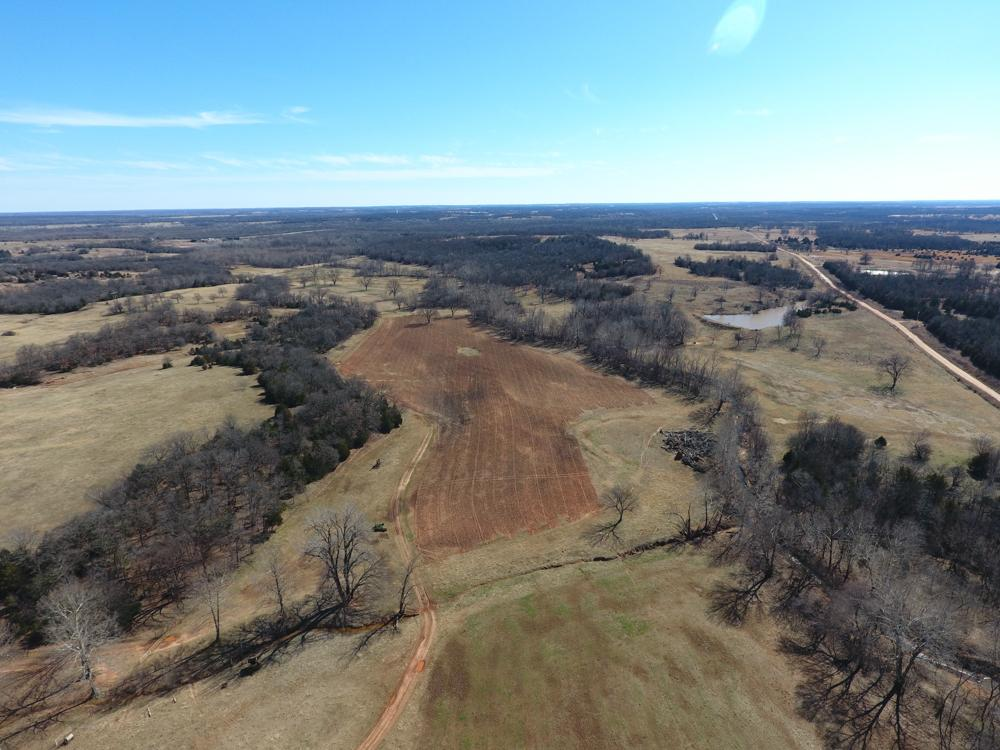 Build, Farm and Hunt 160  in Lincoln County, OK