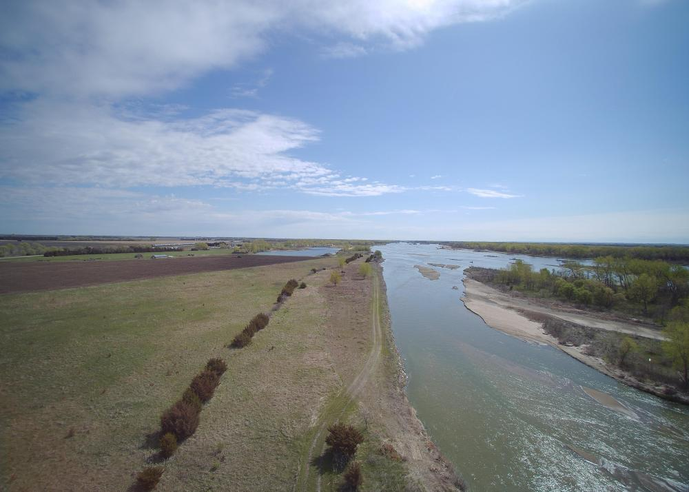 County Line Platte River Property  in Merrick County, NE