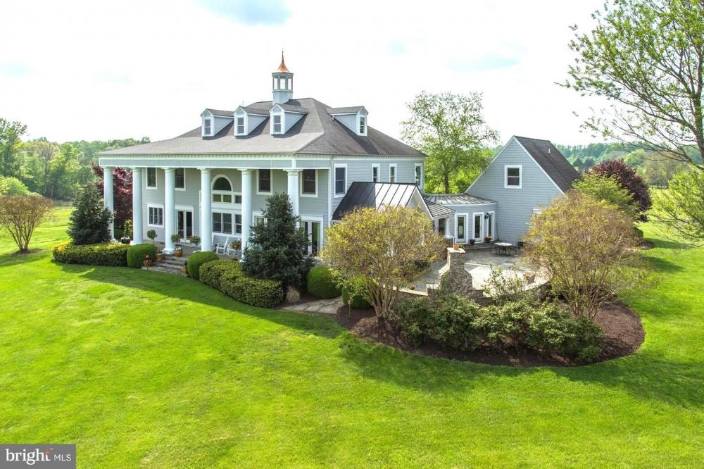 Home Equestrian Property Hunt Country in Fauquier County, VA