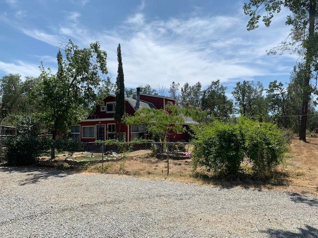 10 acre horse property  in Shasta County, CA