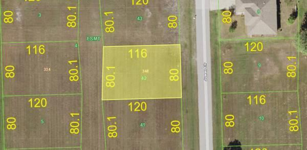 Awesome lot in Quiet neighborhood in Punta Gorda FL! in Charlotte County, FL