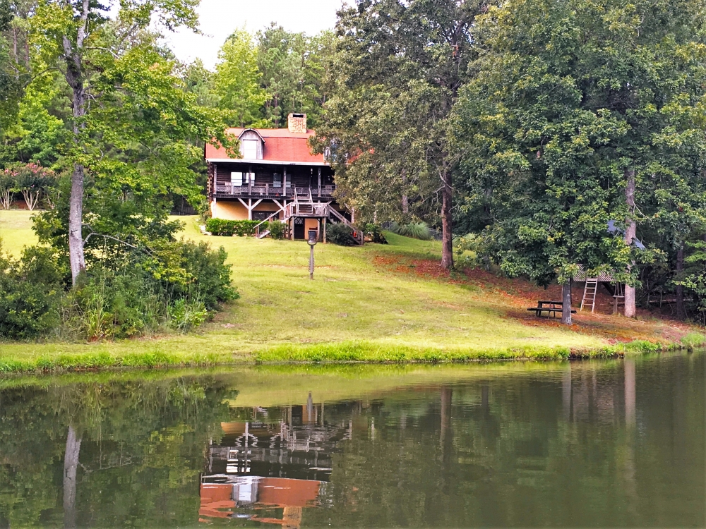Log Home with Private Lake in Sumter County South Carolina